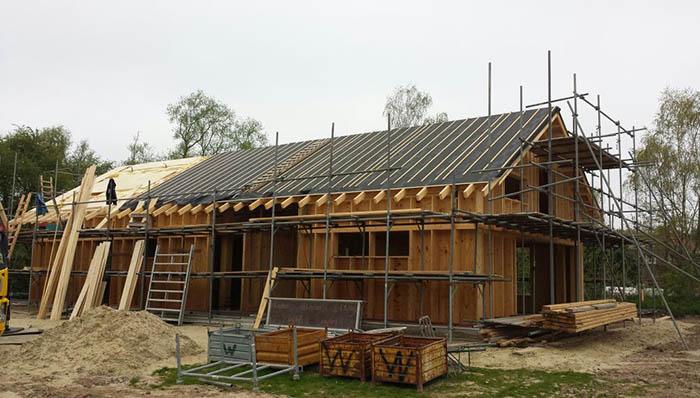Doe Het Zelf Cube - Werk aan het dak